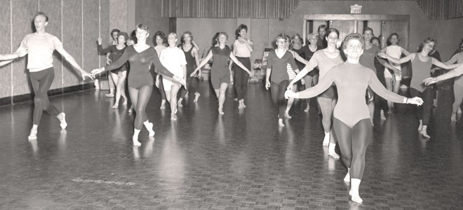 Florence Cobb's dance class at Minnesota State Mankato