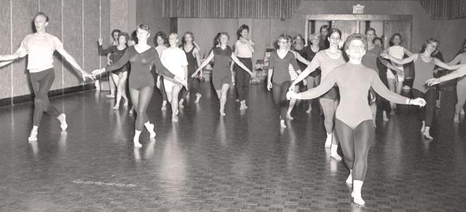 Florence Cobb's dance class at Minnesota State Mankato